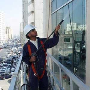 glass-cleaning-services-500x500